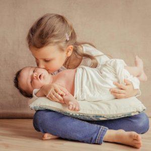 geschwisterbild bei babyshooting in forchheim